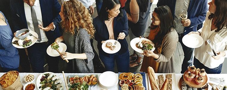 Catering pentru evenimente corporate