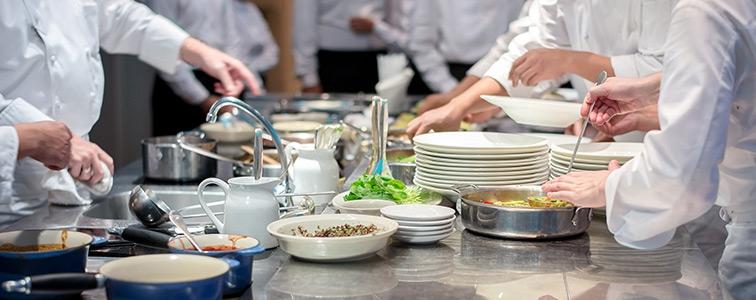 Dinner Food + companii = succes